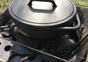 【キャンプ飯】ダッチオーブンを使った料理